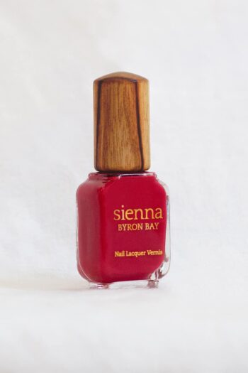 apple red nail polish colour