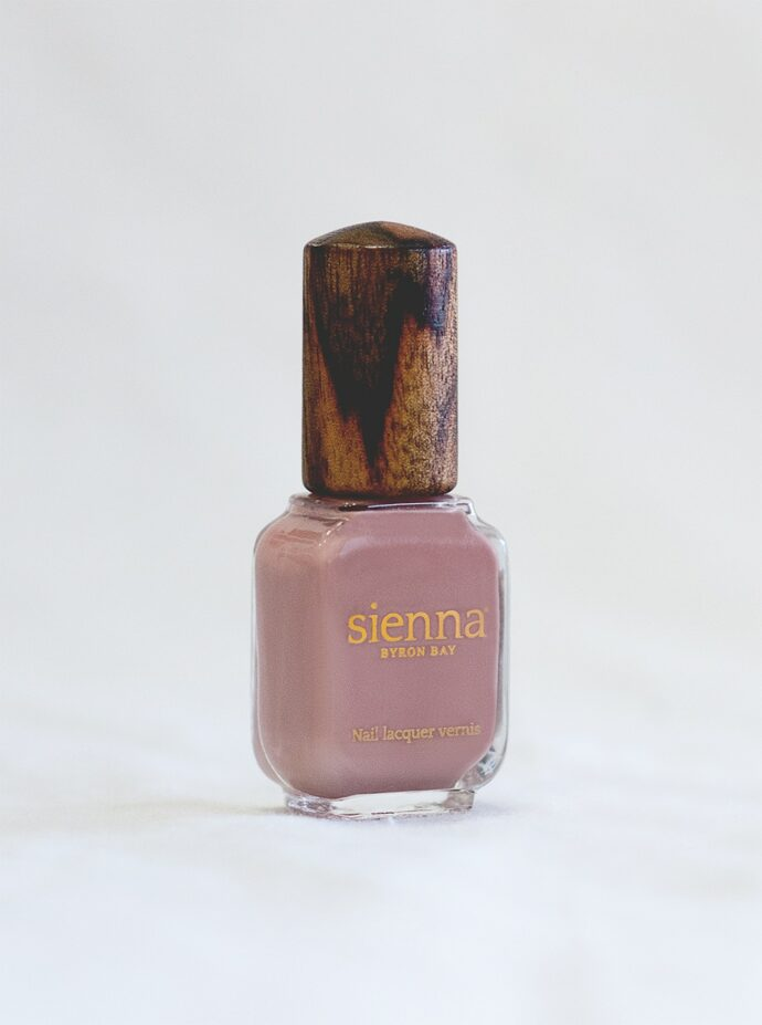 Dusty pink nude nail polish glass bottle with timber cap by sienna